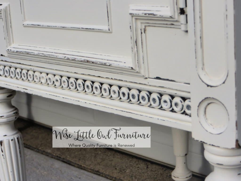 antique buffet circle detail