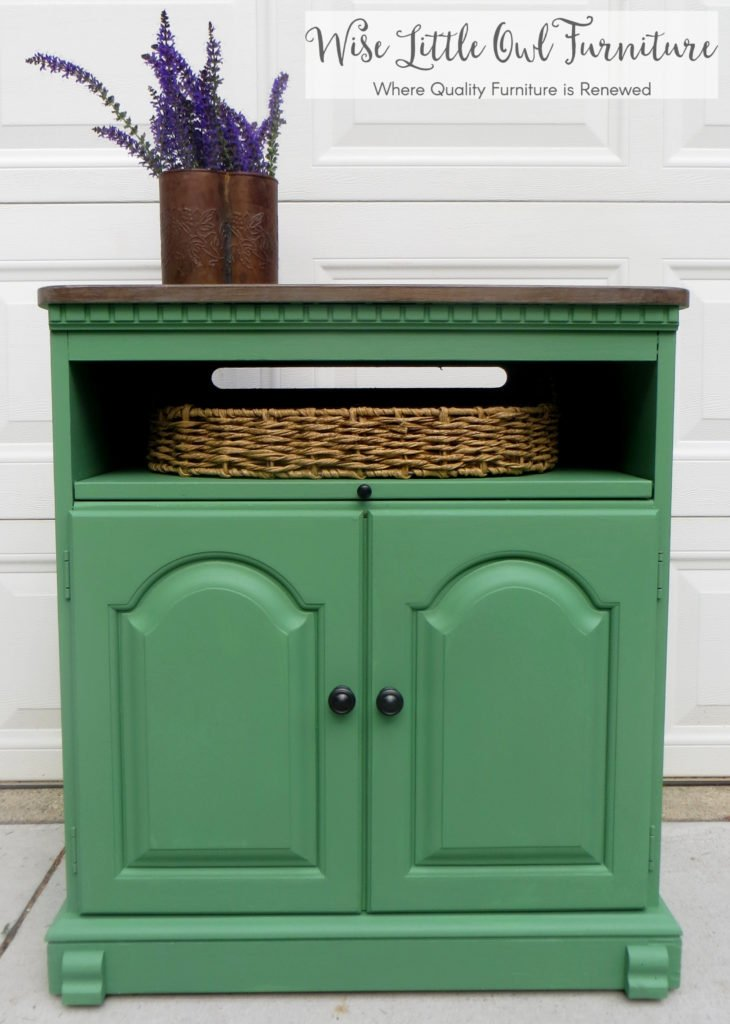 market green end table