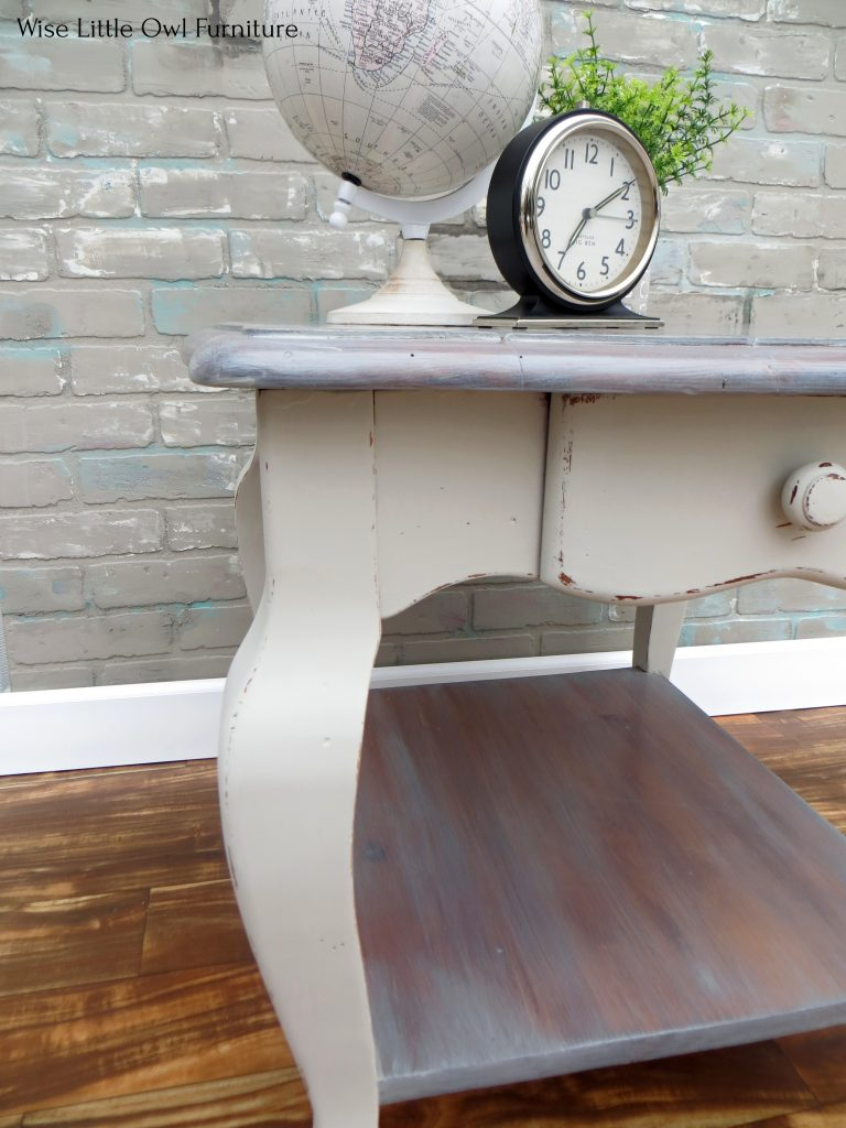 planked end table leg