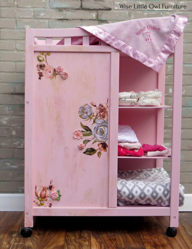 changing table side w shelves