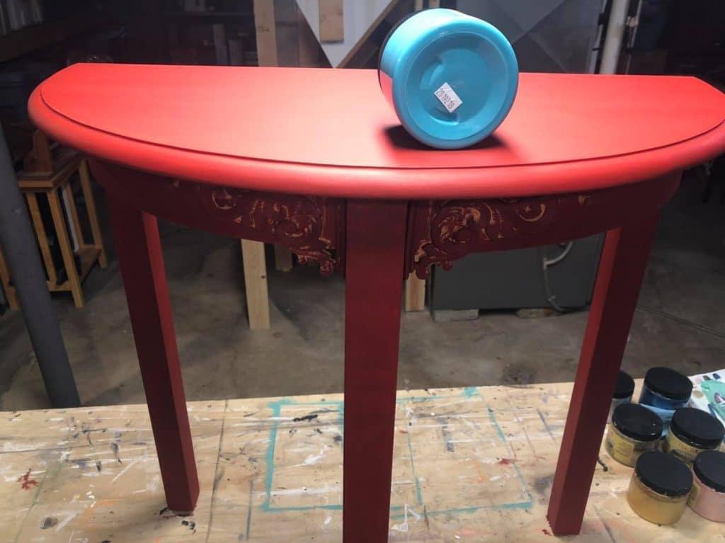 plain table barn red