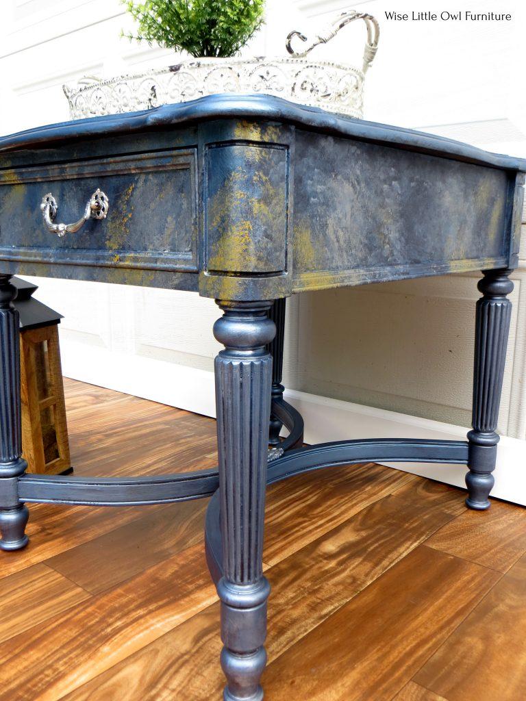 metallic table side