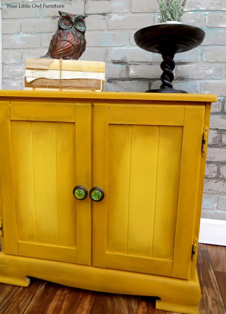 mustard cabinet angle