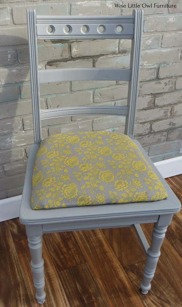 gray chair seat