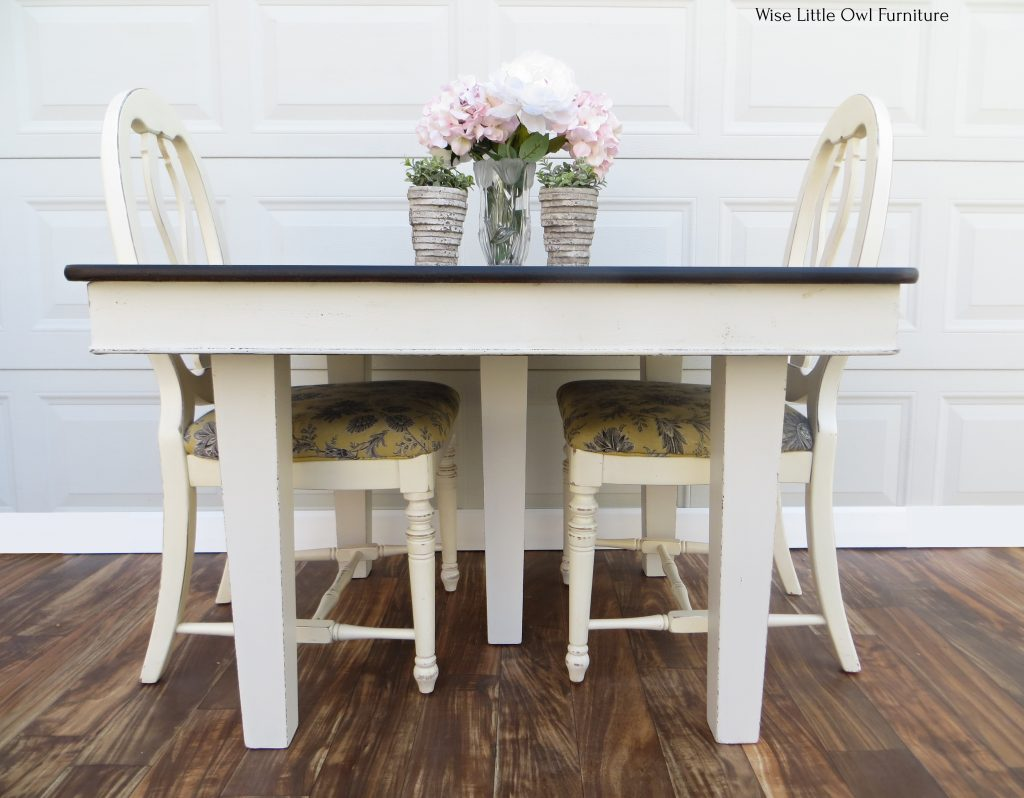 5 leg dining table front view