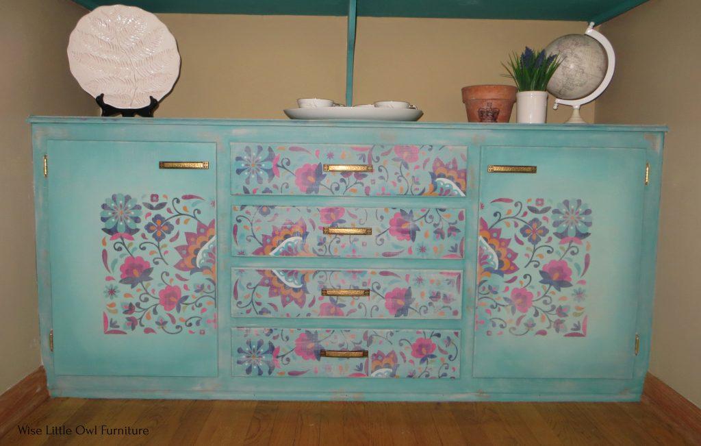 Latin floral china cabinet bottom